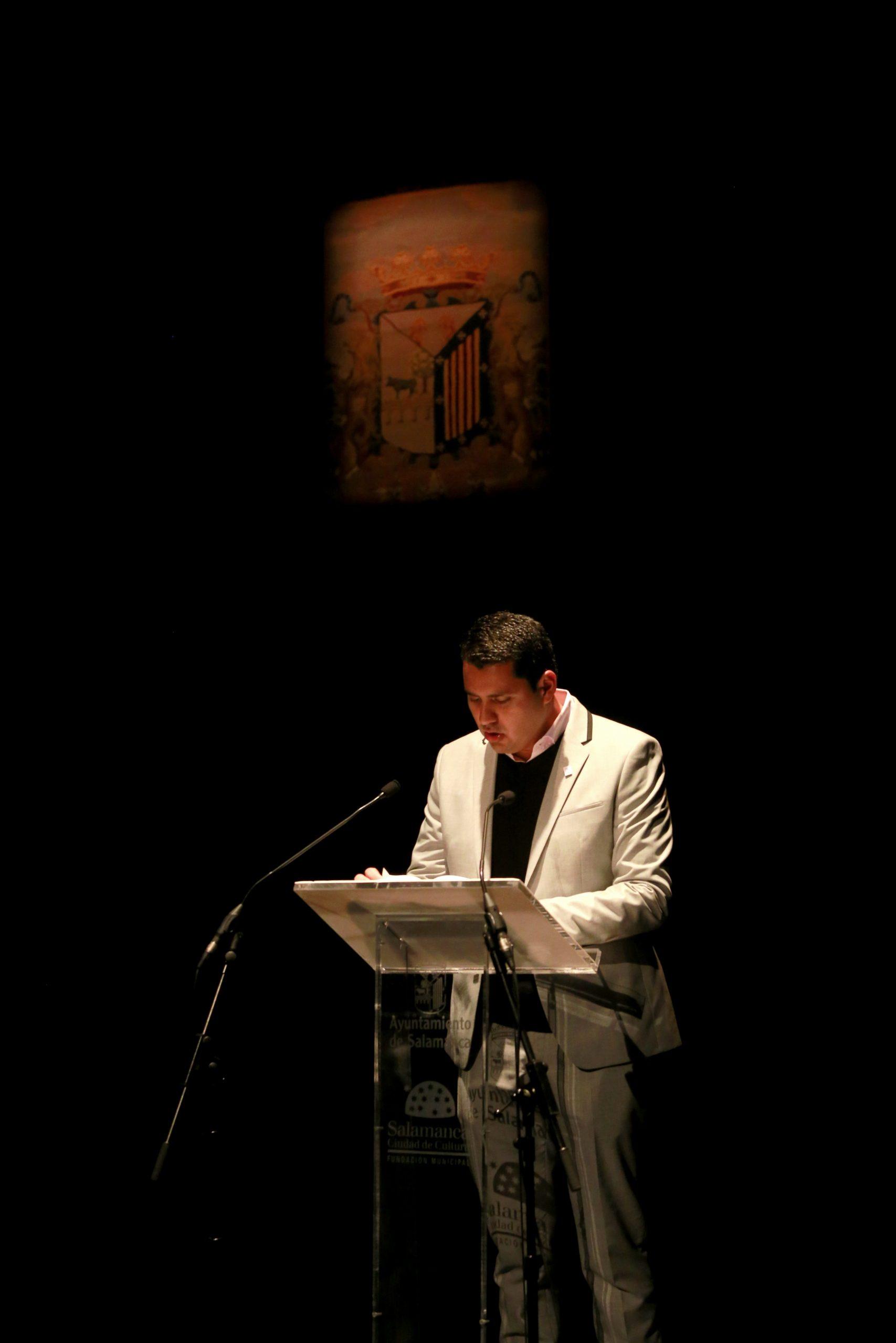 'Contra un cielo pintado'. Algunos poemas inéditos del costarricense Juan Carlos Olivas